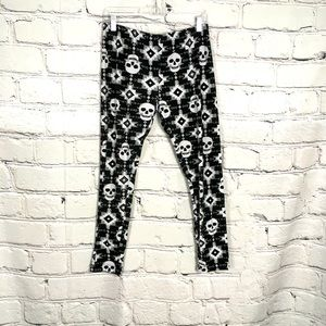 FREE With Purchase Skull Aztec Print Leggings